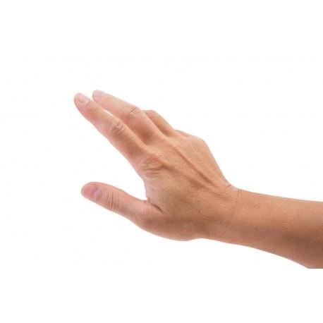 Epilation dessus des mains homme